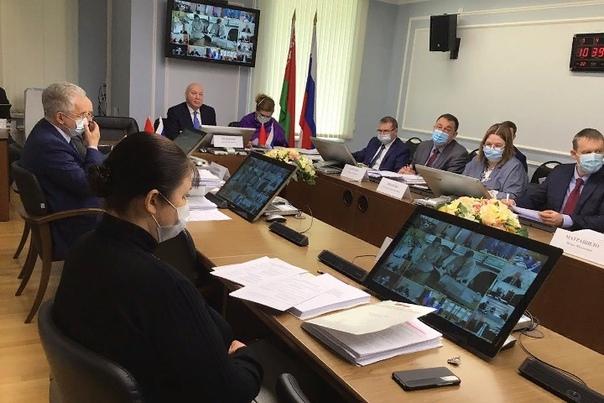 Мезенцев обозначил сроки отмены роуминга между Россией и Белоруссией