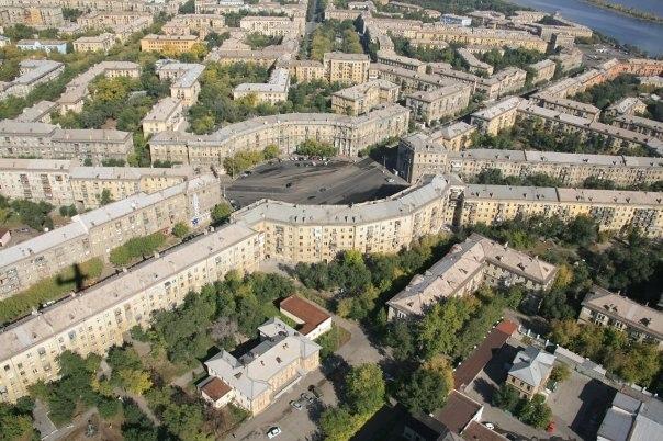 А Вы знали, что...    в Магнитогорске есть площадь Сковородка? Ее официальное название — Октябрьская,... [читать продолжение]