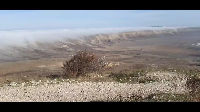 Туман перетекает с севера вид с Коклюка 30 11 2020