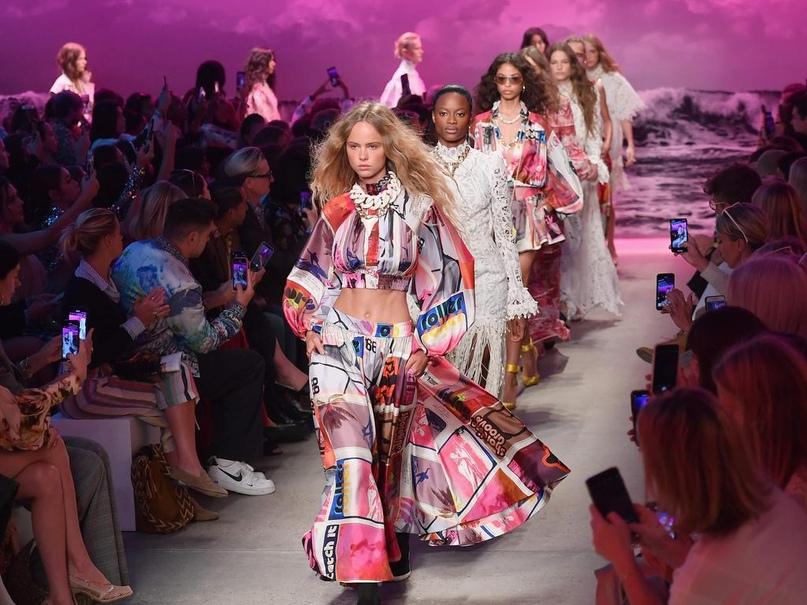 #schedule@topmodelspublic — расписание недели моды в Нью-Йорке сезона весна/лето 2021: