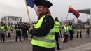 WIR SIND VIELE! Gelbe Westen Vorhut der Aufgewachten vor dem Parlament in Berlin 20.12.2018
