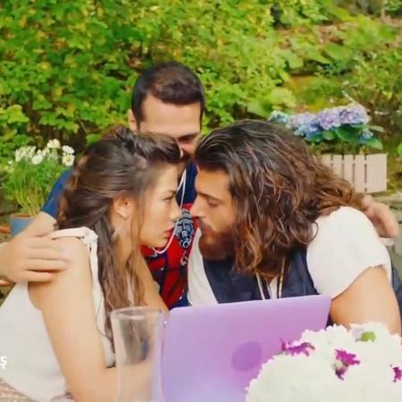 "𝐄𝐫𝐤𝐞𝐧𝐜𝐢 𝐊𝐔𝐒 || 𝐀𝐟𝐢𝐥𝐢 𝐀𝐒𝐊 on Instagram: ""ДжейДжей это мы 😂😂😂 ранняяпташка erkencikus erkencikuş рп42серия"""