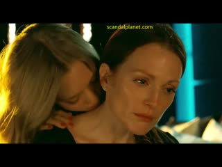 JULIANNE MOORE AND AMANDA SEYFRIED LESBIAN SEX IN CHLOE