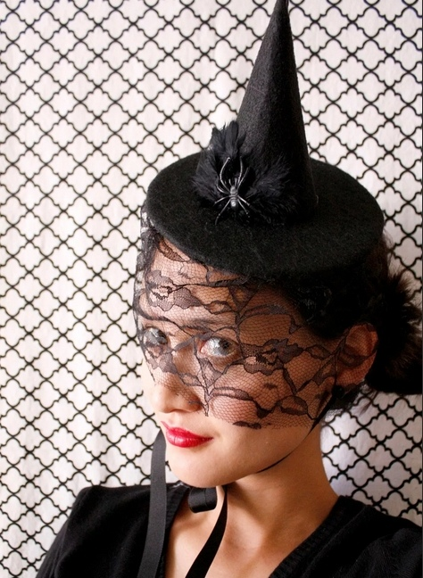 как сделать шляпку ведьмы своими руками, щляпка ведьмы мастер-класс, костюмы карнавальные, костюмы на Хэллоуин, Новый год, шляпа ведьмы, шляпка на Хэллоуин, головные уборы, головные уборы на Хэллоуин, головные уборы карнавальные, аксессуары карнавальные, образ сценический, персонажи, Шляпка ведьмы из черного фетра,