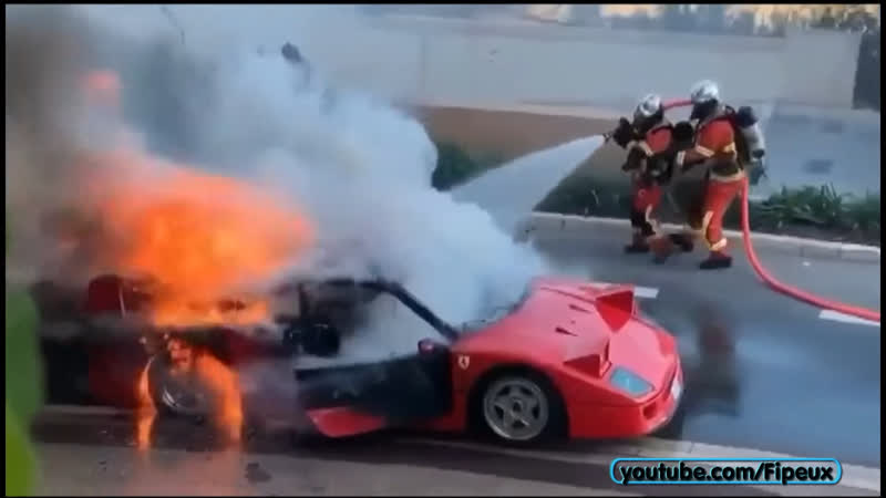 Ferrari F40 PREND FEU EN PLEINE VILLE 1 Million d'€