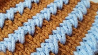 Имитируем игольную вышивку на вязаном полотне 🍓 knitting pattern.